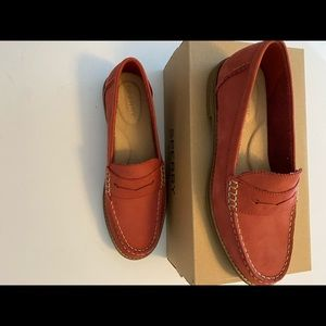 NIB sperry. penny loafer